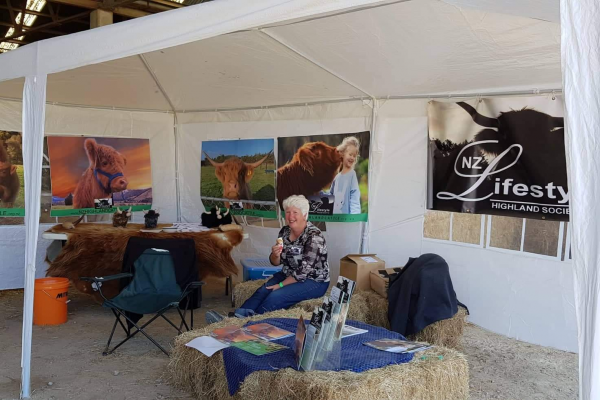 vice-president-susan-with-the-nzlhs-stand-at-the-wairarapa-a-p-201966E68EFD-5DEB-00E1-A080-6845D9AF0E56.png